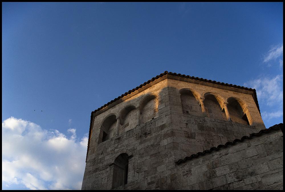007 medieval italian city