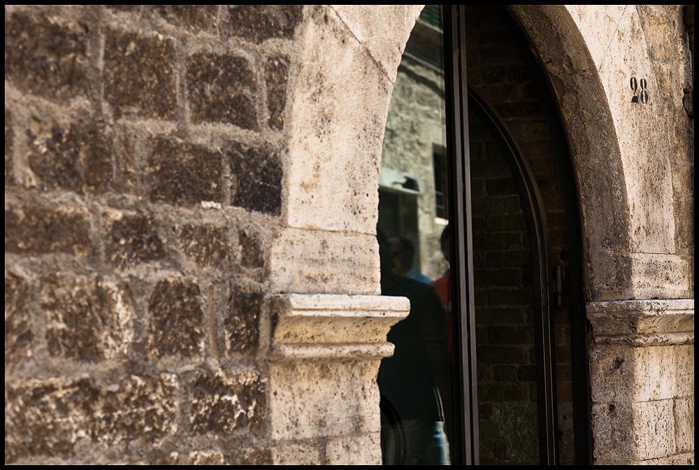 010 medieval italian city