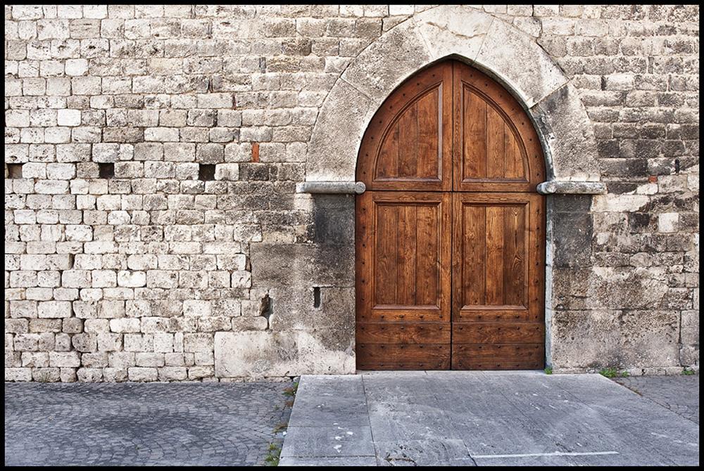 018 medieval italian city