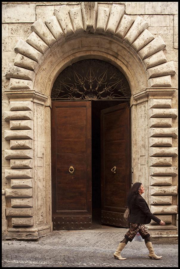 022 medieval italian city